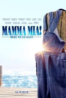 Mamma Mia! Lá Vamos Nós de Novo - Poster / Capa / Cartaz - Oficial 4