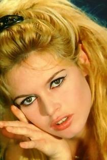 Brigitte Bardot - Poster / Capa / Cartaz - Oficial 34