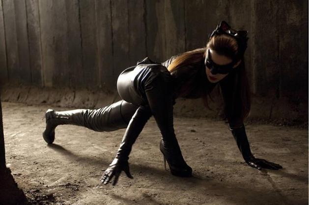 Anne Hathaway chora ao dizer que sente saudades da Mulher Gato | Vortex Cultural