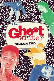 O Fantasma Escritor (2ª Temporada) - Poster / Capa / Cartaz - Oficial 1