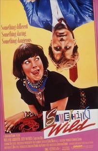 Totalmente Selvagem - Poster / Capa / Cartaz - Oficial 2