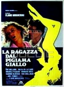 A Moça de Pijama Amarelo - Poster / Capa / Cartaz - Oficial 2