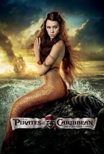 Piratas do Caribe: Navegando em Águas Misteriosas - Poster / Capa / Cartaz - Oficial 12