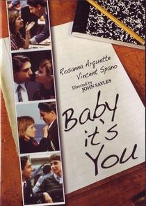 Um Romance Maluco - Poster / Capa / Cartaz - Oficial 2