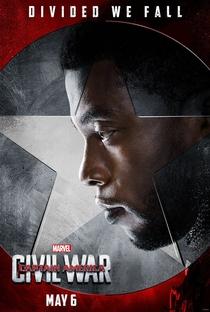 Capitão América: Guerra Civil - Poster / Capa / Cartaz - Oficial 11