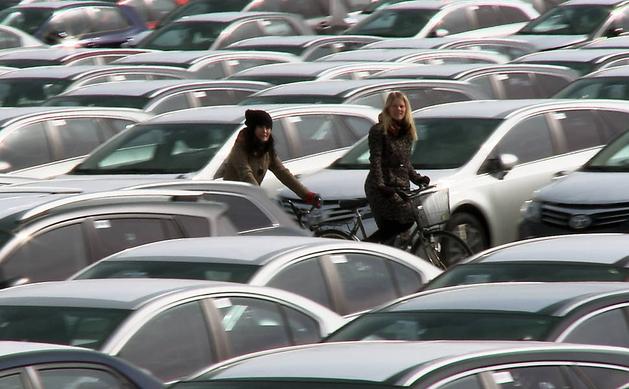 'Bikes vs Carros' mostra a convivência dos veículos nas cidades