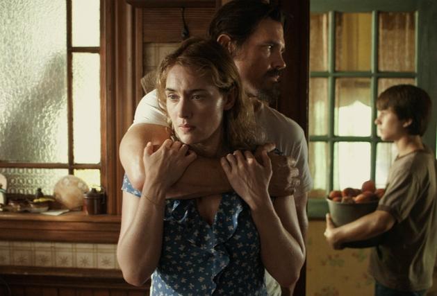 """Kate Winslet na primeira cena do drama """"Labor Day"""""""