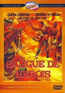 Sangue de Heróis - Poster / Capa / Cartaz - Oficial 4