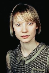Mia Wasikowska - Poster / Capa / Cartaz - Oficial 10