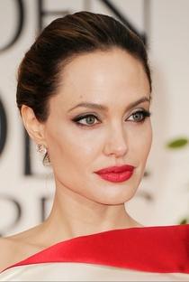 Angelina Jolie - Poster / Capa / Cartaz - Oficial 4