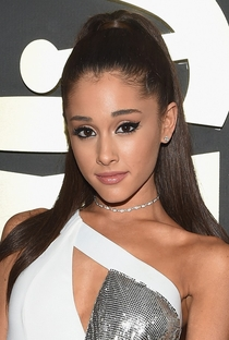 Ariana Grande - Poster / Capa / Cartaz - Oficial 1