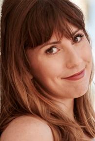 Caitlin Barlow (II)