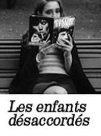 Les enfants désaccordés - Poster / Capa / Cartaz - Oficial 1