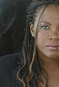 Angela Moore (I)