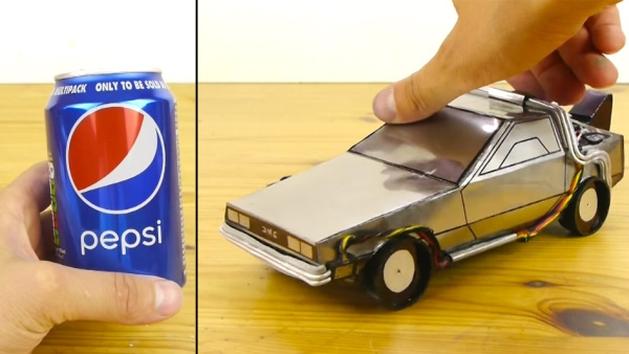 De Volta Para o Futuro: fã constrói Delorean com latas de Pepsi