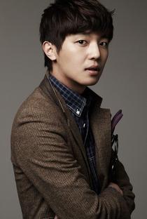 Yun Woo Jin - Poster / Capa / Cartaz - Oficial 1