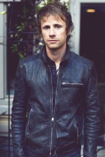 Dominic Howard - Poster / Capa / Cartaz - Oficial 1