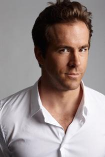 Ryan Reynolds - Poster / Capa / Cartaz - Oficial 8