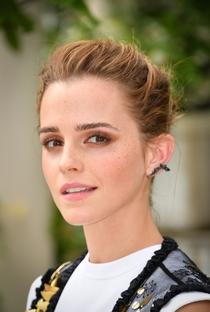 Emma Watson - Poster / Capa / Cartaz - Oficial 9