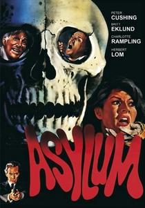 Asilo Sinistro - Poster / Capa / Cartaz - Oficial 7