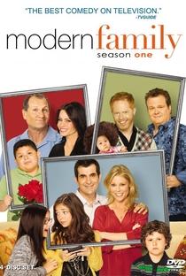 Família Moderna (1ª Temporada) - Poster / Capa / Cartaz - Oficial 2