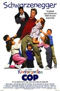 Um Tira no Jardim de Infância - Poster / Capa / Cartaz - Oficial 2