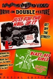 Blast off Girls  - Poster / Capa / Cartaz - Oficial 1