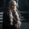 Emilia Clarke diz que chorou após ler último roteiro de GoT