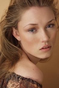 Clare Grant (II)