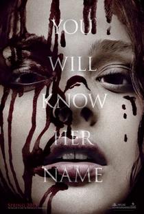 Carrie - A Estranha - Poster / Capa / Cartaz - Oficial 7
