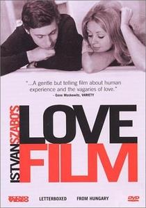 Um Filme sobre o Amor - Poster / Capa / Cartaz - Oficial 1