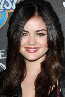 Lucy Hale - Poster / Capa / Cartaz - Oficial 9