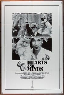 Corações e Mentes - Poster / Capa / Cartaz - Oficial 5