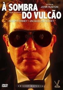 À Sombra do Vulcão - Poster / Capa / Cartaz - Oficial 2