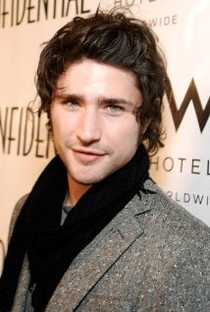 Matt Dallas - Poster / Capa / Cartaz - Oficial 4
