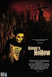 Raven's Hollow - Poster / Capa / Cartaz - Oficial 1