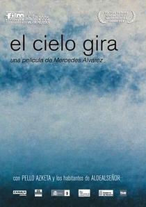 O Céu Gira - Poster / Capa / Cartaz - Oficial 2