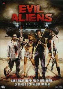 Evil Aliens: Um Novo Contato  - Poster / Capa / Cartaz - Oficial 4