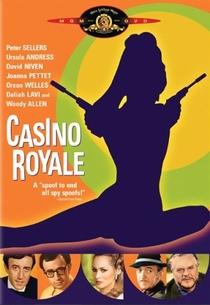Cassino Royale - Poster / Capa / Cartaz - Oficial 3