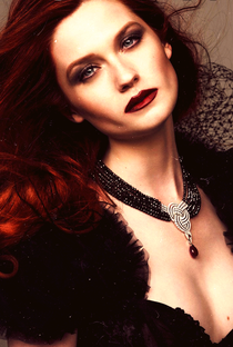 Bonnie Wright - Poster / Capa / Cartaz - Oficial 8