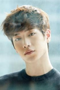 Seo Kang-Joon - Poster / Capa / Cartaz - Oficial 9