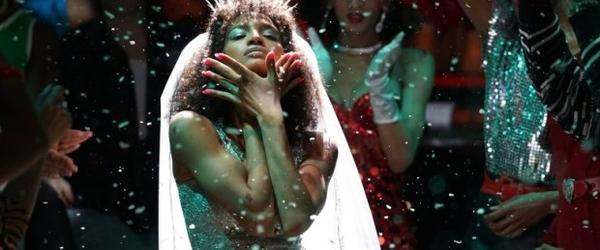 Pose: os bailes como performance dos sonhos de uma comunidade queer marginalizada