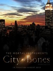 Os Instrumentos Mortais: Cidade dos Ossos - Poster / Capa / Cartaz - Oficial 10
