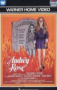 As Duas Vidas de Audrey Rose - Poster / Capa / Cartaz - Oficial 8