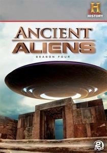 Alienígenas do Passado (4ª Temporada) - Poster / Capa / Cartaz - Oficial 1