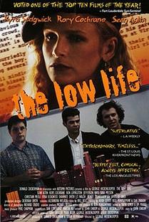 A Vida De Baixo - Poster / Capa / Cartaz - Oficial 1