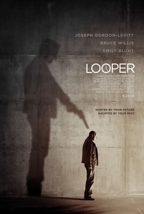 Looper - Assassinos do Futuro - Poster / Capa / Cartaz - Oficial 7
