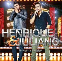 Henrique e Juliano - DVD em Brasília - Poster / Capa / Cartaz - Oficial 1