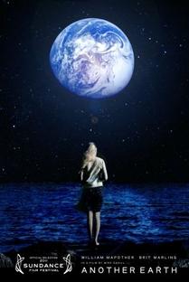 A Outra Terra - Poster / Capa / Cartaz - Oficial 2