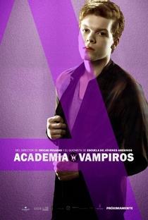 Academia de Vampiros: O Beijo das Sombras - Poster / Capa / Cartaz - Oficial 28